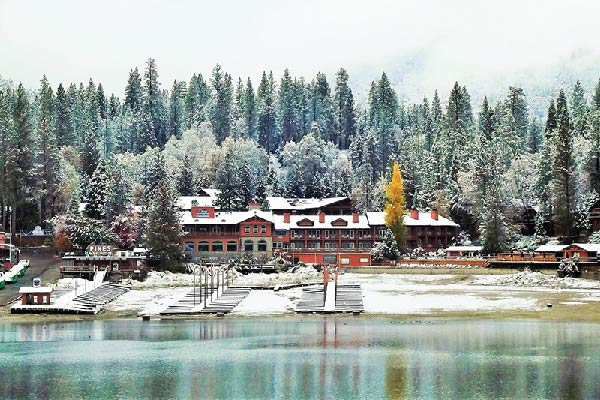 Bass Lake in Winter | A Snowy Winter Wonderland